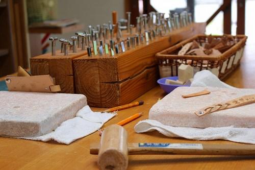 豊後・大山 ひびきの郷での革細工体験