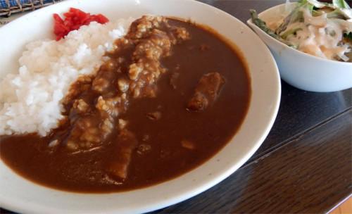 パトリア日田のカフェ「アリア」のカレー