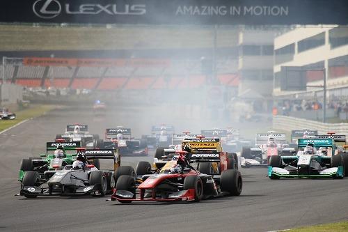 スーパー2&4レース1
